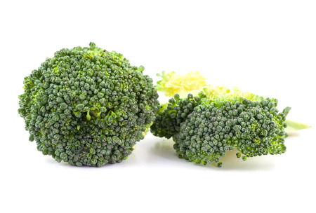 brocoli: brocoli on white background