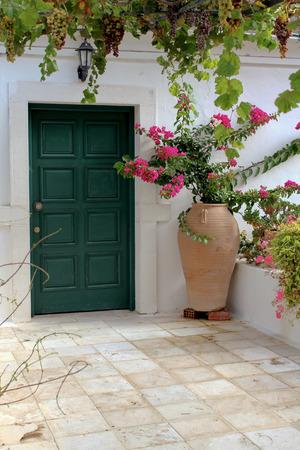 green door: Green Door