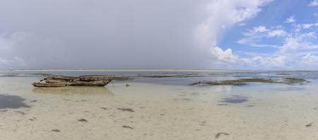 low tide in Zanzibar Archivio Fotografico