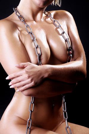 Erotik nackte Frau mit Kette Lizenzfreie Bilder