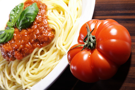 diat product: spaghetti with tomato sauce and basil