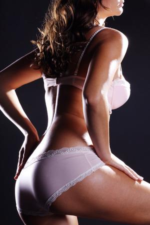 schönen weiblichen Körper mit Dessous Standard-Bild