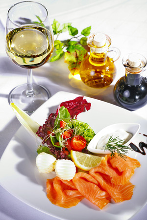 gastro: salmon menu served on dish