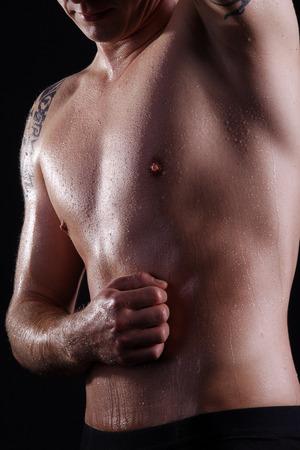 schöner Mann verschwitzten Körper Standard-Bild