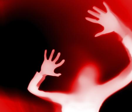 Silhouette einer schreienden Frau