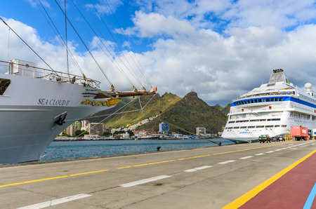 santa cruz: The SEA CLOUD II, a four-masted windjammer Invests in Tenerife in the port of Santa Cruz Editorial