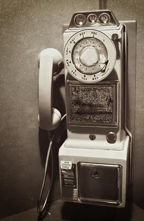Retro Vintage Rotary Dial Téléphone payant Banque d'images - 27581200