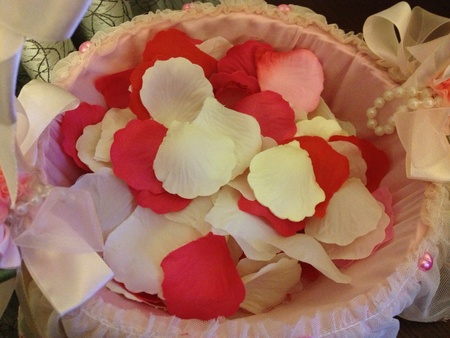 basket embroidery: Red pink white rose petals in a basket