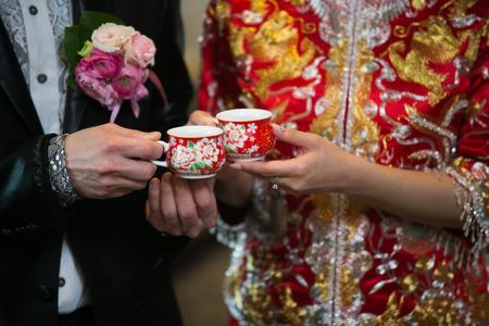 bride bangle: Chinese wedding