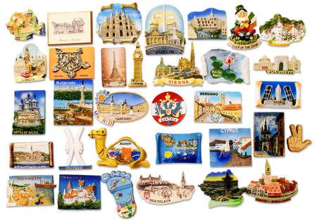 frigo: Une collection des aimants de r�frig�rateur a achet� de diff�rents pays visit�s Banque d'images