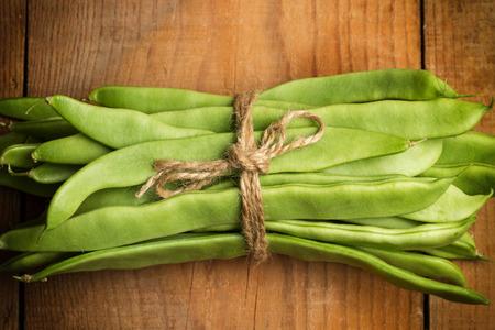 gefesselt: Tied green beans