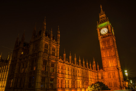doubledecker: NIght view on London most famous landmark Big Ben and Parliament House on river Thames Stock Photo