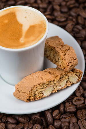 expresso: Italian break, fresh expresso coffee with cantuccini cakes