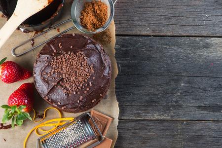 Hausgemachten Schokoladenkuchen Rezept Randhintergrund von oben Standard-Bild - 38177206