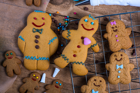 gingerbread man: Happy gingerbread man on table, Christmas decoration