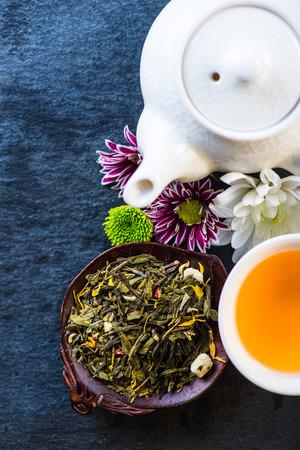 antioxidants: Antioxidant therapy fresh tea background