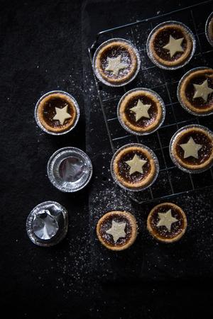 carne picada: La Navidad tradicional pica la empanada, desde arriba Foto de archivo