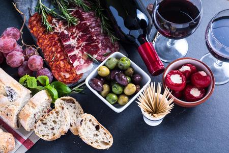 스페인어 타파스, 식품 테두리 배경 오버 헤드보기 스톡 콘텐츠