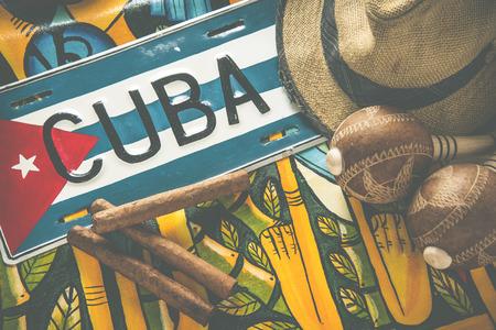 bandera panama: Proceso cruzado, Cuba Travel fondo, los cigarros y el sombrero