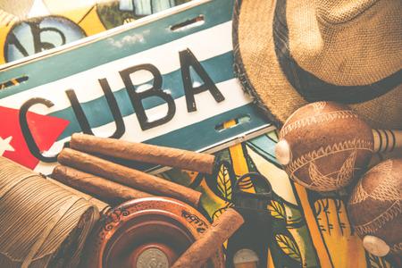 bandera cuba: Foto procesada vintage, viaje a Cuba del concepto del fondo Foto de archivo