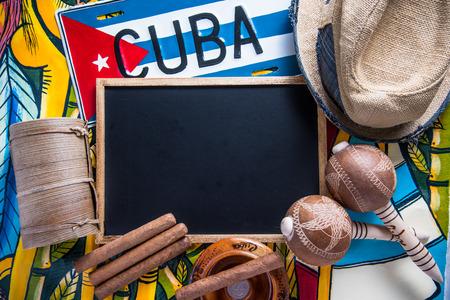 Items met betrekking tot Cuba reizen met een kopie ruimte krijtbord Stockfoto
