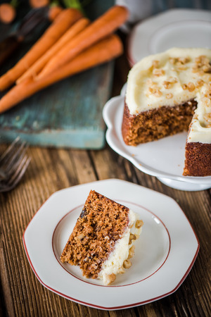 natural  moody: serving carrot cake portion, natural moody light