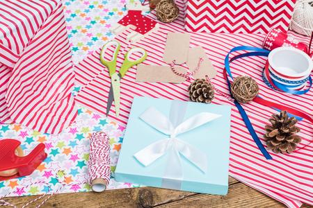 decorative accessories: decorative accessories for creative Christmas gift wrapping