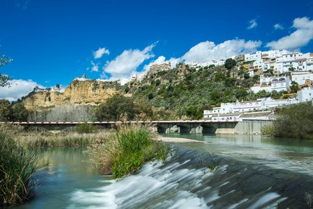 Arcos de la Frontera village on hill, Spain Imagens