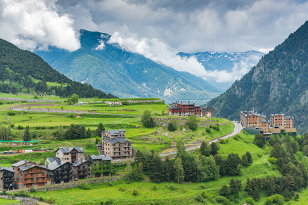 Rural landscape in Andorra, low clouds over mountains Pyrenees. Stockfoto