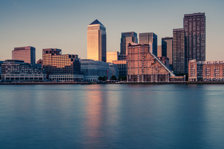 Soutwark het financiële district van Londen, bezinning in water