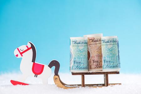 영국 돈, 사이버 월요일, 검은 금요일 크리스마스 판매 개념입니다.