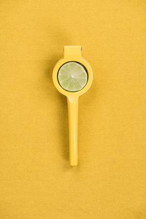 Mexican elbow fruit citrus juicer. Stockfoto