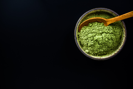 Matcha green tea finely ground powder. 免版税图像