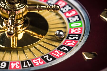 Close Up View on Roulette Drum with Lucky Numbers, Casino Theme. Archivio Fotografico