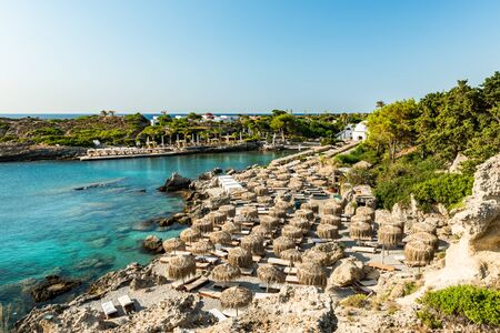Kallithea Spring and Beach at Turquoise Sea , Sunny Day, Rhodes,Greece. 免版税图像