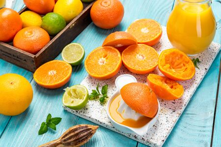 Homemade Fresh Orange Juice. Refreshing and Healthy Food and Drink. Stockfoto