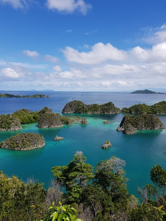 Amazing View of Pianemo, Raja Ampat, Indonesia Stock Photo - 106927723