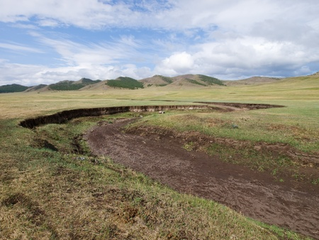 vadi: Dry creek in the mongolian steppe