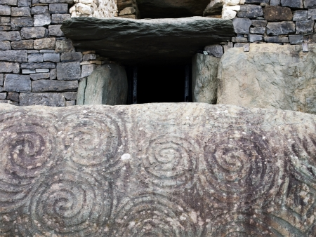 eire: Entrance to the Newgrange ancient passage tomb, Ireland