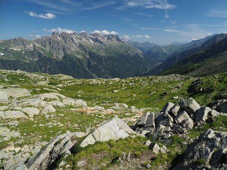 Alpine landscape with rocky peaks and deep valley near Chamonix, France Standard-Bild
