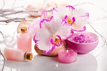 Spa Stilleben mit rosa Orchidee blüht Standard-Bild - 17537866