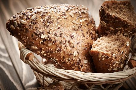 canasta de panes: Bodegón de pan