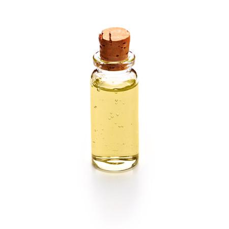 gel douche: Bouteille avec du gel douche isol� sur fond blanc
