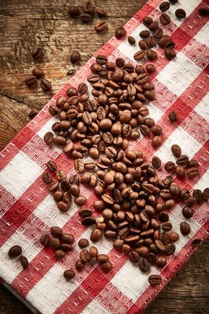 Serviette: Los granos de caf� en servilleta