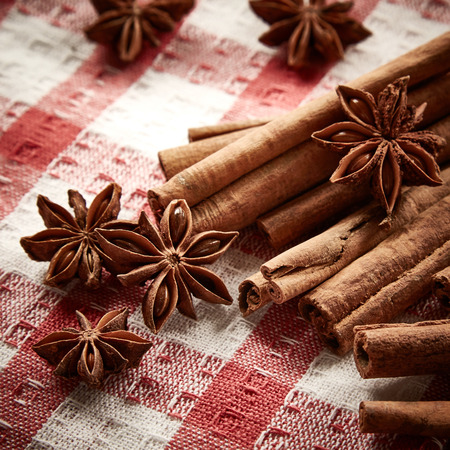serviette: Cinnamon and star anise on serviette