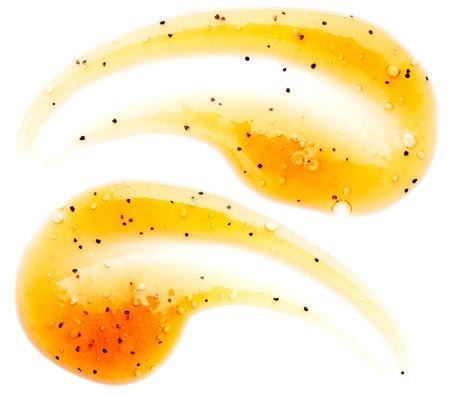 Orange Körper-Peeling auf weißem Hintergrund Standard-Bild - 44243667