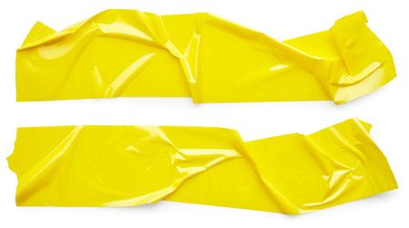 Set von gelben Klebeband isoliert auf weißem Hintergrund