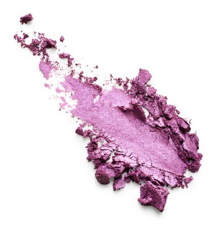白い背景に分離された紫のアイシャドウ