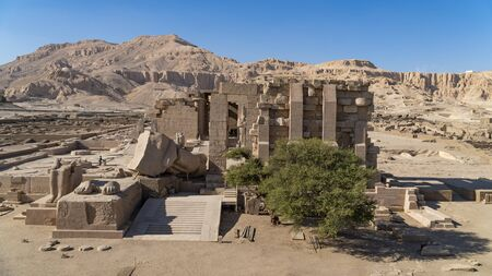 The Ramesseum is the memorial temple or mortuary temple of Pharaoh Ramesses II Ramesses the Great, also spelled Ramses and Rameses. It is located in the Theban necropolis in Upper Egypt, across the River Nile from the modern city of Luxor. Egypt. Reklamní fotografie
