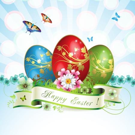 Tarjeta de Pascua con las mariposas y el huevo decorado sobre el c�sped
